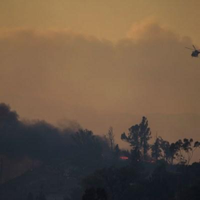 Incendio en California provoca la mayor nube de humo vista en Estados Unidos