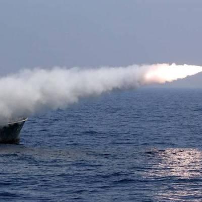 Un barco de Irán realiza un ejercicio militar en el Golfo Pérsico el pasado 9 de septiembre