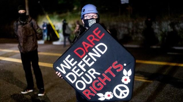 Las protestas contra el racismo en Portland, Oregon, cumplen 100 días