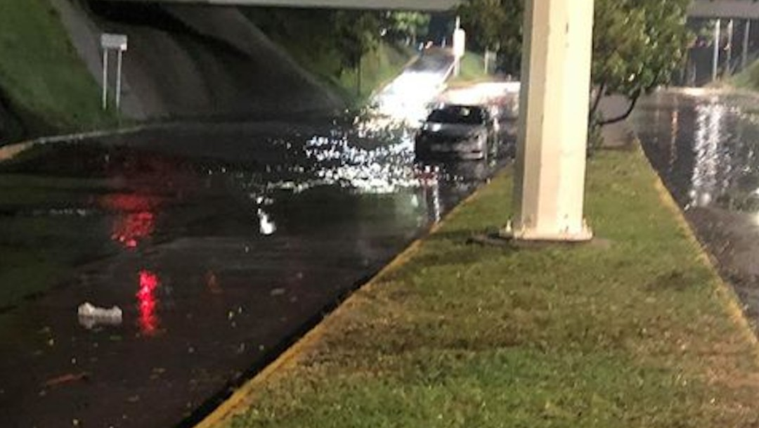 Lluvia intensa con granizo afecta la Zona Metropolitana de Guadalajara