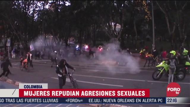 mujeres protestan en colombia contra agresiones policiacas