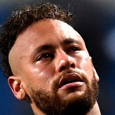 Neymar da positivo a COVID-19 en el París Saint-Germain