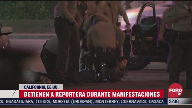 policia arresta a reportera durante protesta en california