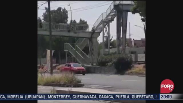 policías de CDMX evitaron que se lanzara de un puente peatonal, en la alcaldía Azcapotzalco