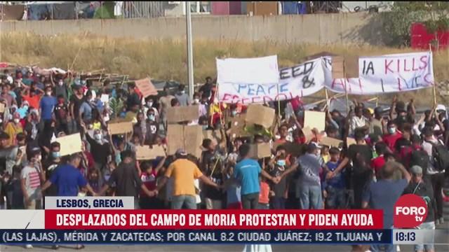 protestan en grecia por incendio en campo de refugiados