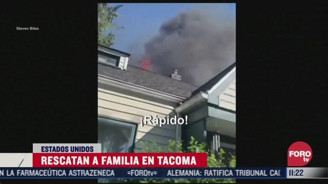 rescatan a familia durante incendio en su casa en eeuu