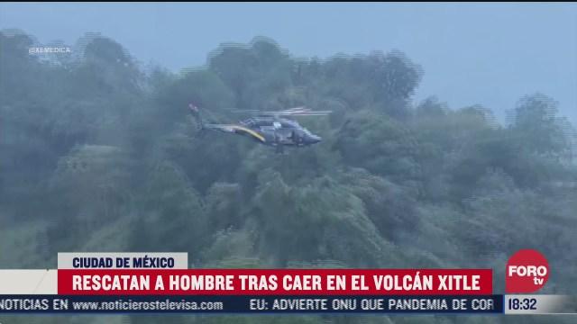 rescatan a hombre tras caer en volcan xitle
