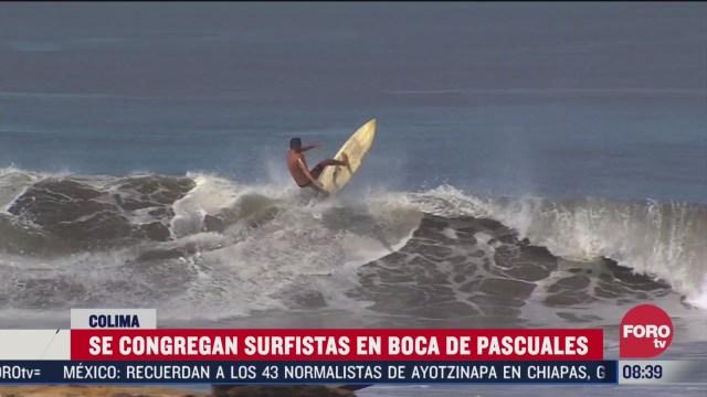 surfistas disfrutan de olas de 7 metros de altura en playas de colima