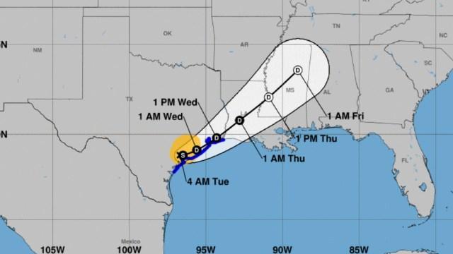 Tormenta tropical Beta toca tierra en Bahía de Matagorda, Texas