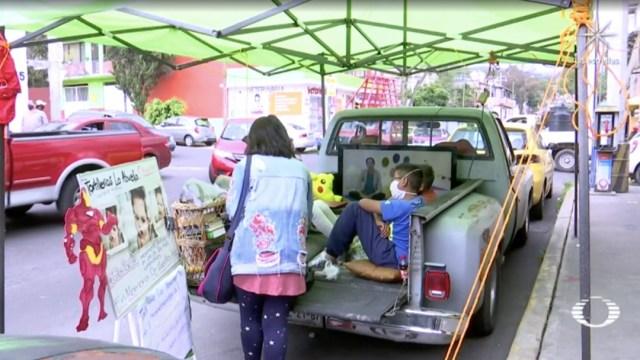 Tortillería de CDMX convierte camioneta en salón de clases para apoyar a niños sin recursos