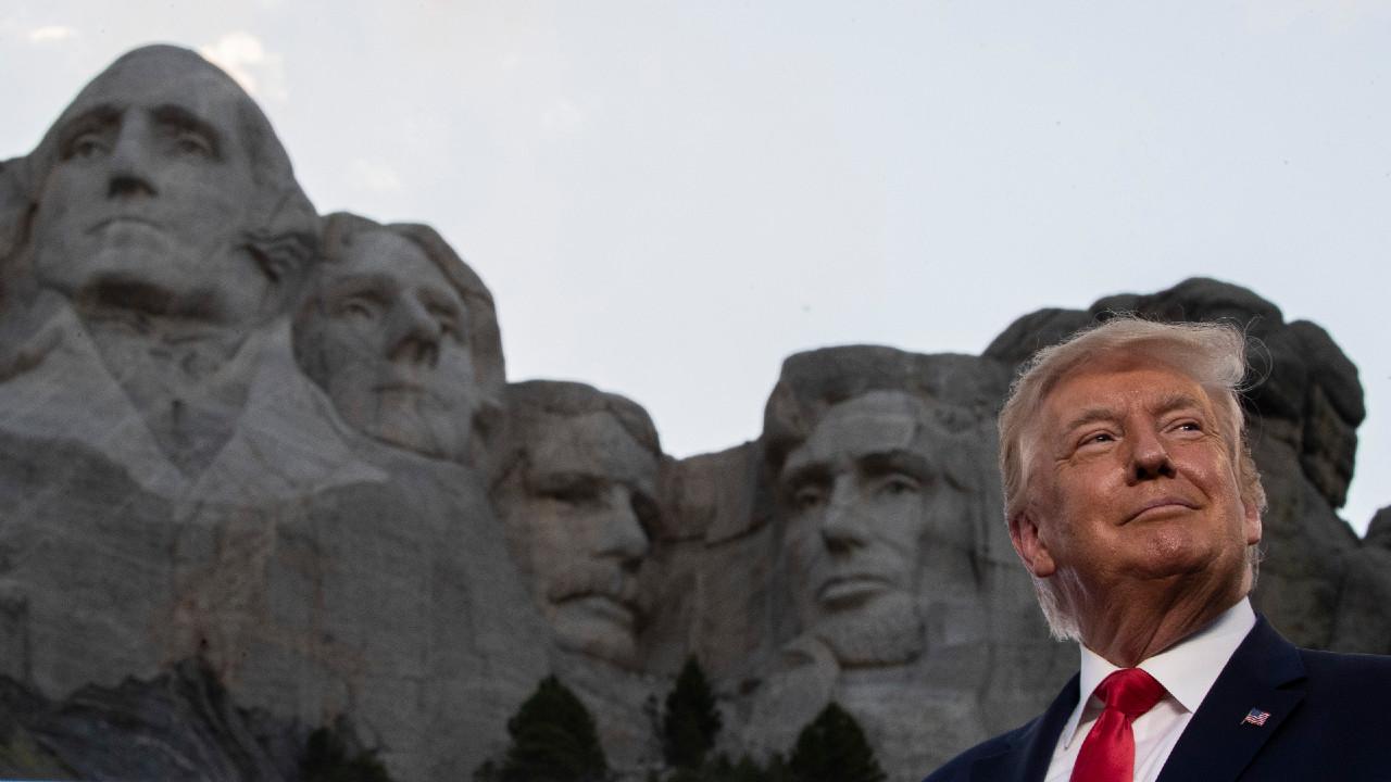 Donald Trump, Monte Rushmore, narcisismo, historia