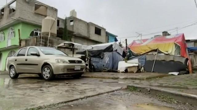 Familias damnificadas por el sismo del 19S viven sin casa segura en Iztapalapa