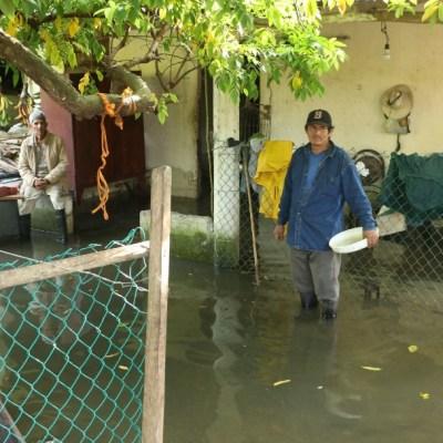 Casas continúan inundadas en Tabasco tras paso del huracán 'Delta'