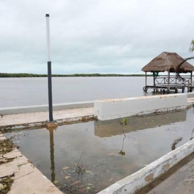 Yucatán suspende clases en todos los niveles por la llegada del huracán Zeta