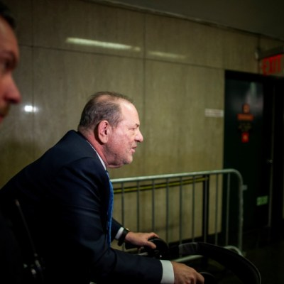 Harvey Weinstein es acusado de nuevos cargos de violación en California