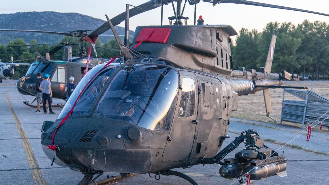 Choque de dos helicópteros afganos deja nueve muertos