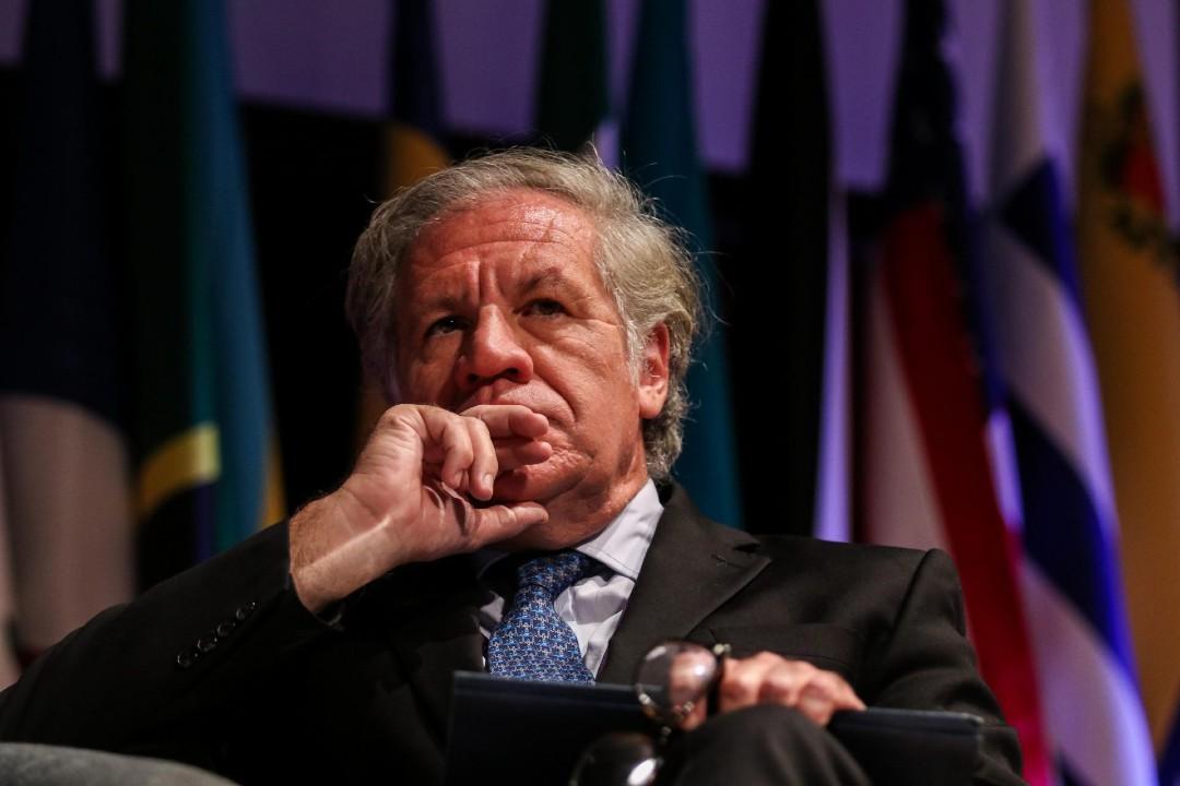 Luis-Almagro-evita-responder-a-críticas-de-México