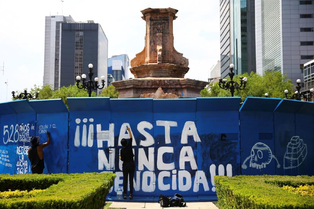 Cerco-policial-impide-derribo-de-estatua-de-Colón-en-CDMX