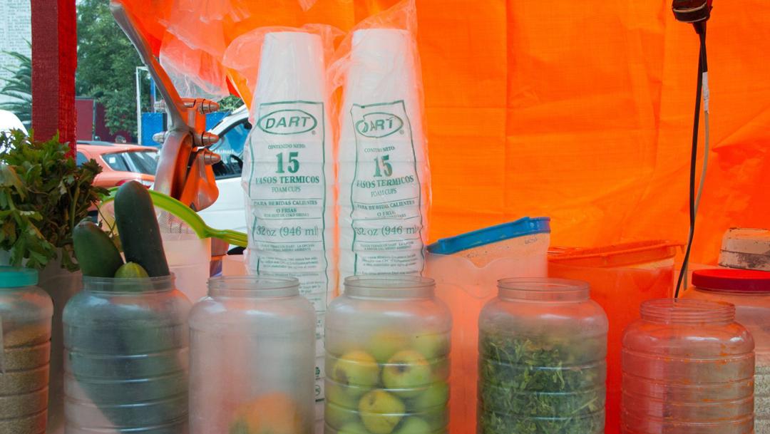 Las penalizaciones por incumplir ley que prohíbe uso de plásticos y unicel en Oaxaca van desde el arresto hasta la clausura de establecimientos comerciales
