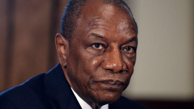Presidente de Guinea, Alpha Condé, es reelegido por tercera vez en unos comicios