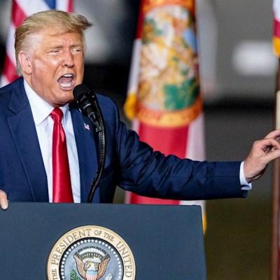El presidente de Estados Unidos, Donald Trump, en un acto de campaña en Pensacola, Florida.