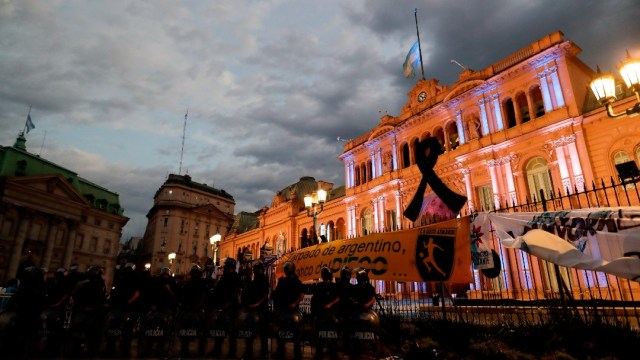 Abren el velatorio público de Maradona en la Casa Rosada