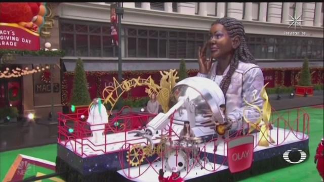 historico desfile en nueva york sin asistentes
