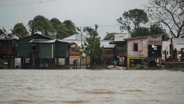 El NHC advirtió que el ojo de Eta aún no ha llegado a la costa de Nicaragua, a como lo informó el Sinapred y el Instituto Nicaragüense de Estudios Territoriales (Ineter)