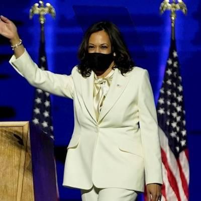 Habrá otras mujeres en el cargo, dice Harris en primer discurso como vicepresidenta