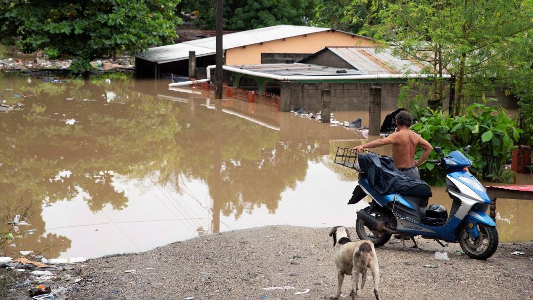 Mueren 14 personas en Honduras durante cuatro derrumbes a causa de Iota