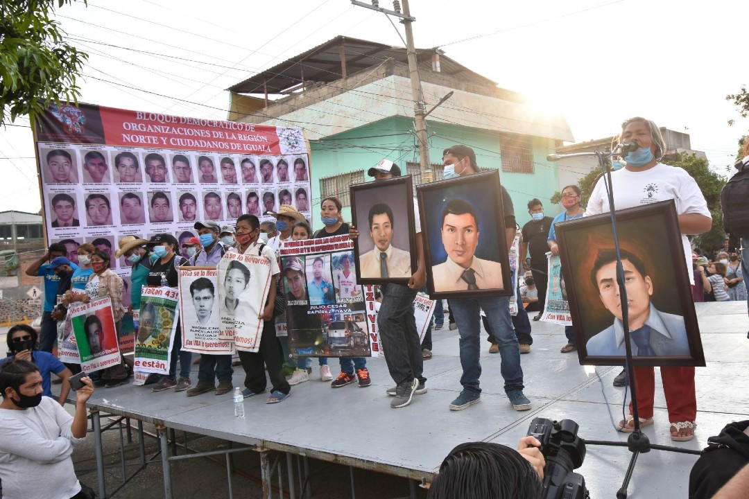 Caso-Ayotzinapa-exigen-al-Ejercito-no-encubrir-a-general
