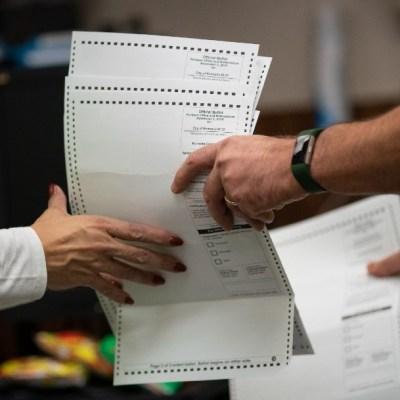 Estos son los cinco estados que pueden decidir la elección presidencial en EEUU