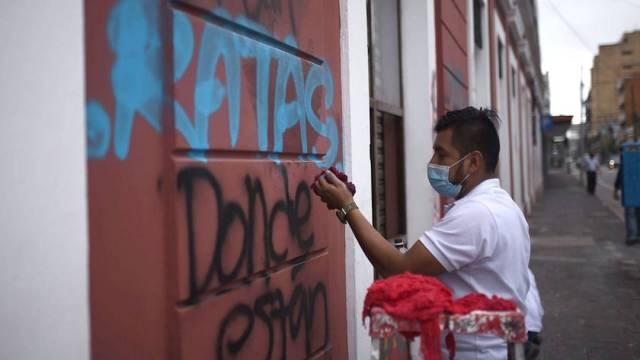 Cientos volvieron a protestar en Guatemala este domingo contra el presidente Alejandro Giammattei