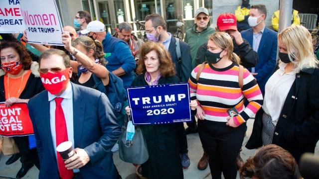 Trump presenta querella en Nevada por conteo de 'votos ilegales'