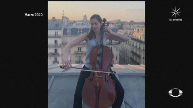Violonchelista francesa ofrece sus conciertos en los museos de París