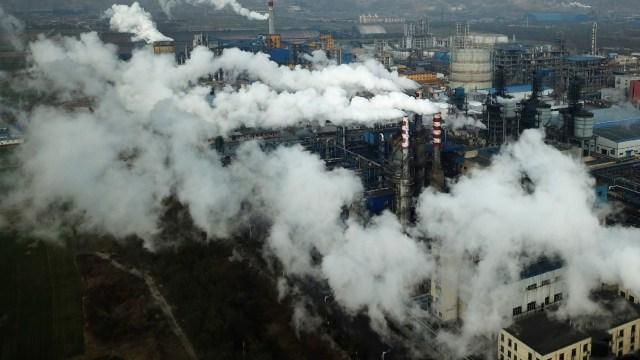 Emisiones alcanzan nuevo récord, el mundo se encamina a un aumento de temperatura