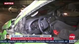 camioneta vuelca tras aparatoso accidente en azcapotzalco