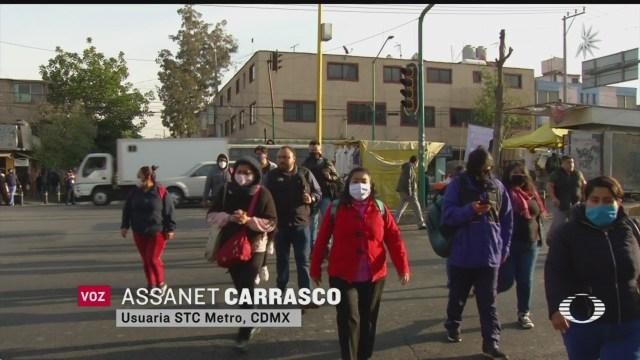 caos en las calles por falta de lineas del metro