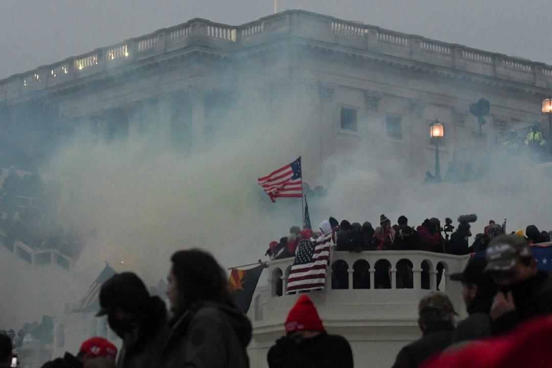 Policía-dispersa-protesta-del-Capitolio