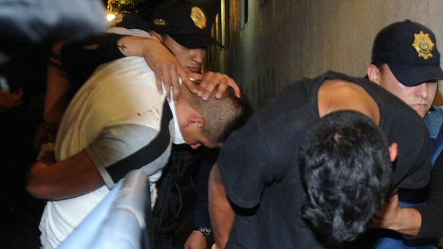 La policía capitalina, detiene a varios sujetos que presuntamente pertenecen al cartel de La Unión de Tepito