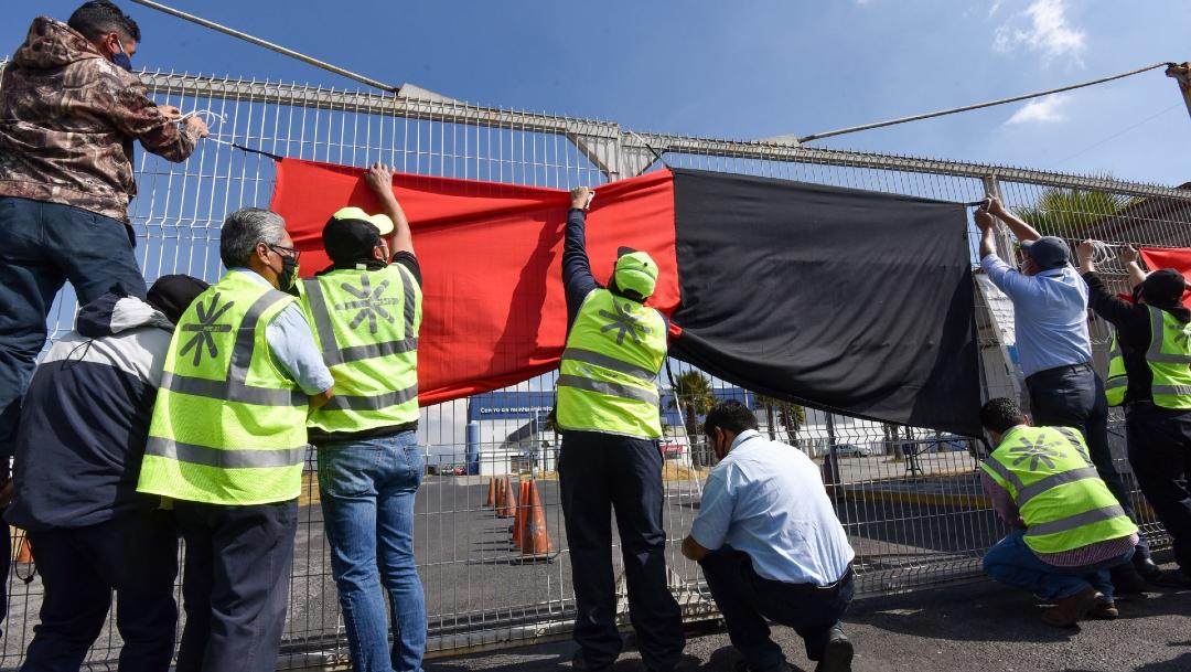 Estalla huelga en Interjet por falta de pago