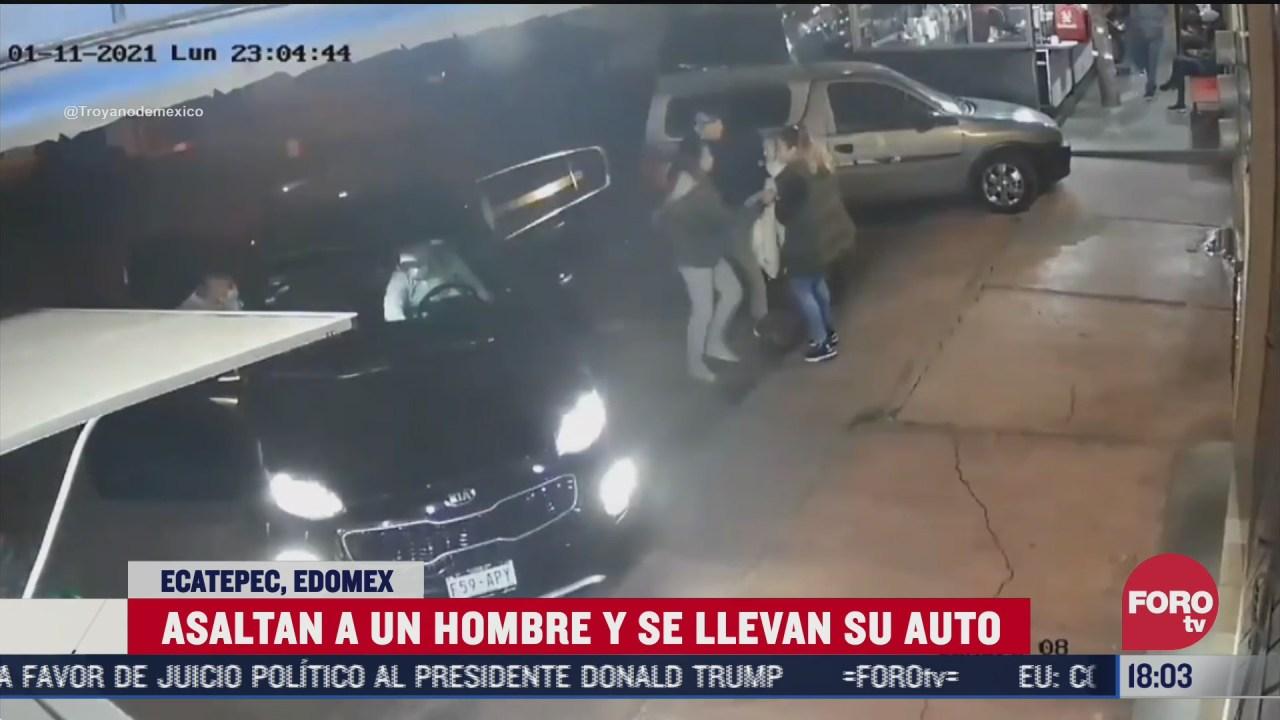 familia logra salir de auto al momento de ser robado en taqueria en ecatepec