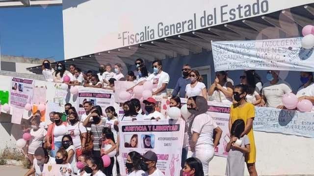 Familiares de detenida por caso Aristóteles Sandoval piden se esclarezca el caso