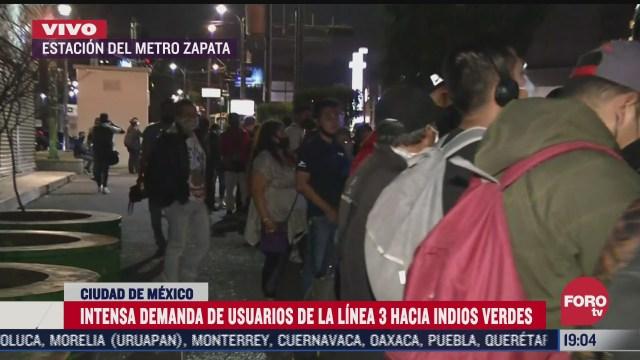 gran demanda de usuarios en la estacion zapata de la linea 3 del metro