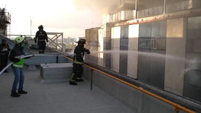 Sofocan incendio en instalaciones del Metro de la Ciudad de México