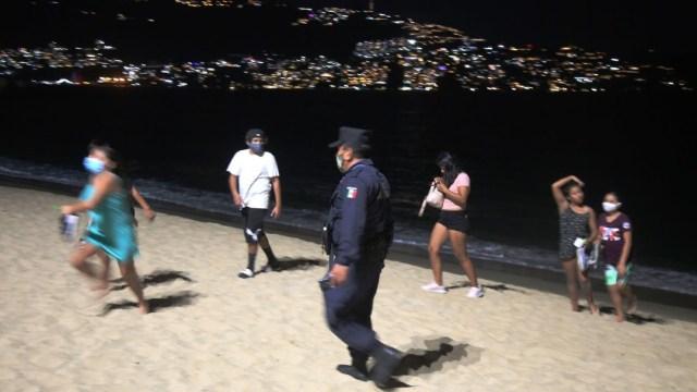 Incrementan en Acapulco restricciones para evitar propagación del COVID-19 con festejos