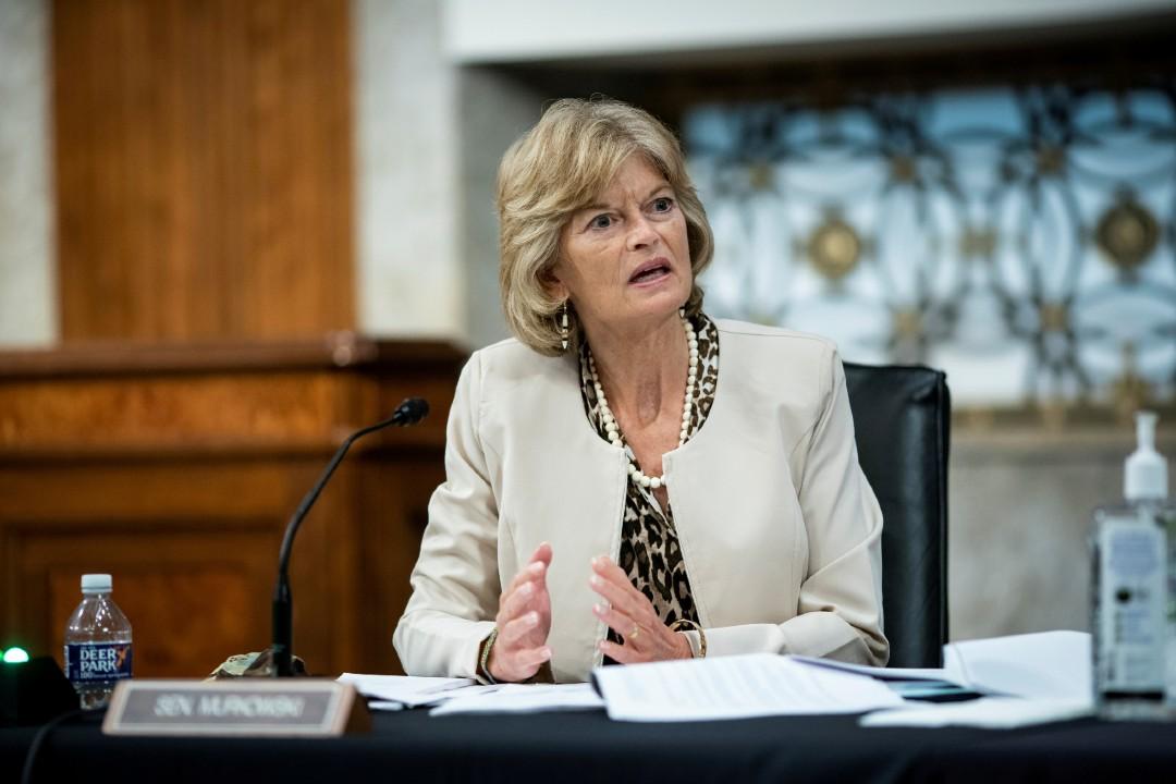 Senadora-republicana-Lisa-Murkowski-pide-dimisión-de-Trump