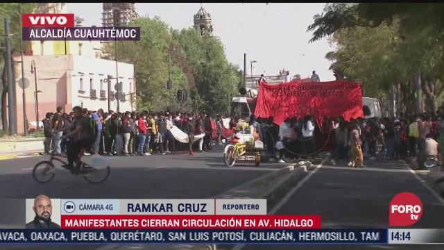 manifestantes bloquean avenida hidalgo