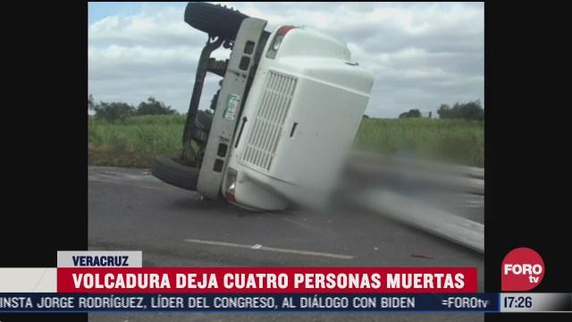 mueren cuatro personas tras volcarse camion de la cfe