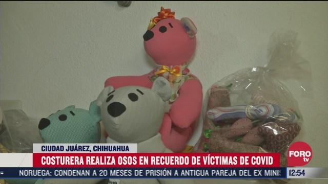 osos de tela para recordar a las personas fallecidas de covid